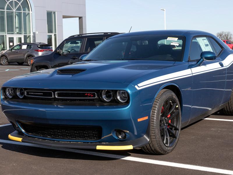 Американская компания Dodge разработала для автомобилей Charger и Challenger специальный режим, который должен уберечь их от угона