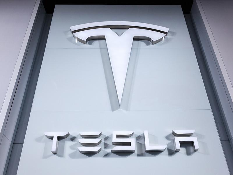 Tesla отчиталась о рекордных поставках электрокаров