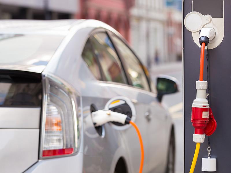 В России снова введут пошлину на ввоз электромобилей