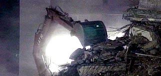 Около 17 тысяч человек погибло в результате землетрясения в Индии