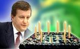 Кох объяснил Кремлю свою отставку в день рождения НТВ
