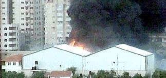 По штаб-квартире Арафата нанесен ракетный удар