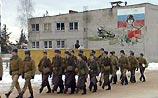 Совет Федерации дал школьникам и студентам отсрочку от армии