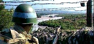 Грузия выгоняет российских миротворцев из Абхазии