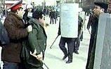В Баку полиция разогнала митинг оппозиции. Есть раненые