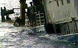 Кораблекрушение на Каспии. Из 51 человека 9 спасены