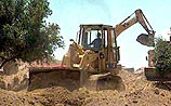На севере Израиля началось строительство защитной стены