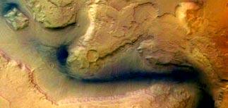Mars Express нашел на южном полюсе Марса лед, воду и, возможно, жизнь