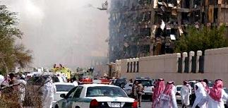 Камикадзе взорвал здание службы безопасности в Эр-Рияде
