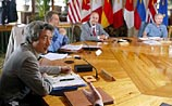 На саммите началось официальное заседание лидеров G8