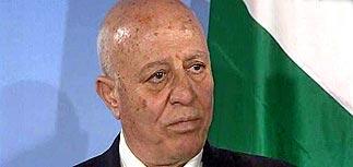 Премьер-министр ПНА Ахмед Куреи подал в отставку