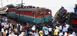 Столкновение двух поездов в Турции: 6 погибли, 100 ранены