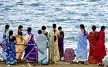Через 45 дней после цунами на острове найдена 18-летняя девушка-робинзон