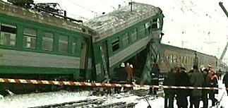 Крушение поезда Рига-Москва: 3 погибли, около 20 ранены