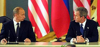Буш пожелал быть кратким с Путиным в Братиславе