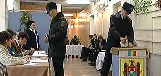 На выборах в парламент Молдавии побеждают коммунисты