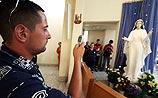В церкви Святого Петра ожила статуя Мадонны (ФОТО)