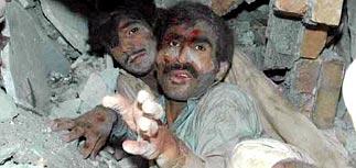 В Пакистане погибли до 40 000, в Индии - до 12 000 человек