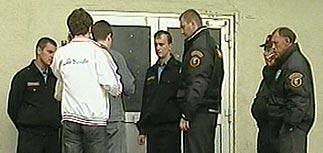 """В Москве милиционеры """"отомстили"""" за жену начальника, избив студентов"""