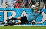 Раскрыта тайна немецкого вратаря: он заранее знал, куда летит мяч