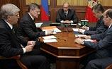 Путин создал опергруппу для контроля за банками