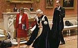 """Как британская BBC """"поссорила"""" Елизавету II и известного фотографа"""