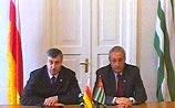 """Абхазия и Южная Осетия """"через день-два"""" вместе попросят независимость"""