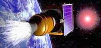 К Земле летят обломки спутника США и токсичное топливо