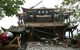 Новое мощное землетрясение в Сычуани - еще 70 тыс. строений разрушены