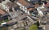 Италию тряхнуло с новой силой, рушатся остатки зданий в Аквиле. Новые жертвы