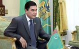 Президент Туркмении лично вырезал опухоль за ухом гражданину страны