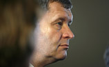 Латвию на переговорах с МВФ не поняли: у ее делегата слишком плохо с английским
