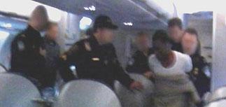 Отец террориста, пытавшегося взорвать лайнер, донес на сына властям США