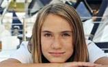 14-летняя голландка, которая хотела обогнуть Землю на яхте, пропала без вести