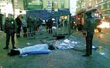 На Невском проспекте автобус смел остановку. Есть погибшие, раненые. Вокруг мародеры
