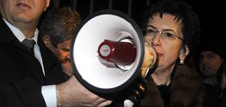 """Саакашвили обвиняют в авторстве провокации на """"Имеди"""""""