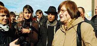 Горняки Междуреченска требуют освободить задержанных