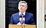 Проигравший выборы премьер Британии уходит в отставку
