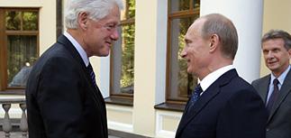 "Путин Клинтону о шпионском скандале: ""у вас там полиция разгулялась"""