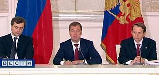 Весь Госсовет ушел в Twitter. Медведев отчитал Никиту Белых