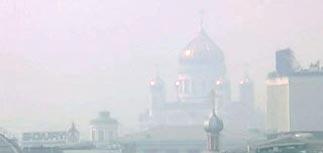 Из-за жары и смога в Москве резко выросла смертность. Но об этом велено молчать