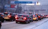 Москву заваливает снегом. Город встал в рекордной за год пробке