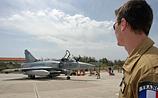 США приняли решение прекратить военную операцию против Каддафи