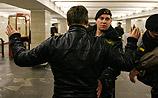 У КГБ три версии взрыва в метро и фоторобот подозреваемого в коричневой шапочке