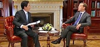 """""""Изменения назрели"""", - объявил Медведев. И признал разногласия с Путиным"""