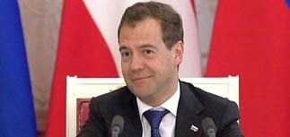 Песков рассказал, как выберут президента-2012, а Медведев - что на него можно надеяться