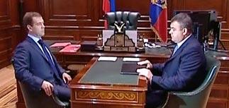 """Медведев велел найти виновных в срыве гособоронзаказа или """"расстрелять паникеров"""""""