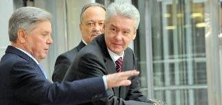 Медведев велел за 10 дней придумать, как перекроить Москву и область под чиновников