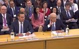 Мердок, обеднев на $1 млрд, пришел в парламент: 'Это самый унизительный день в моей жизни'