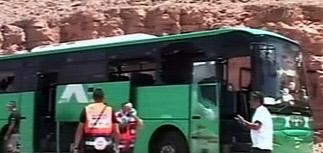 Израиль ответил на атаку террористов: бомбит Сектор Газа
